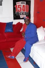 cd in his clipper room